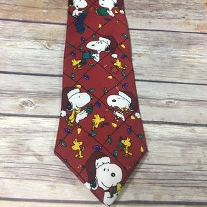 Peanuts deck the halls holiday tie